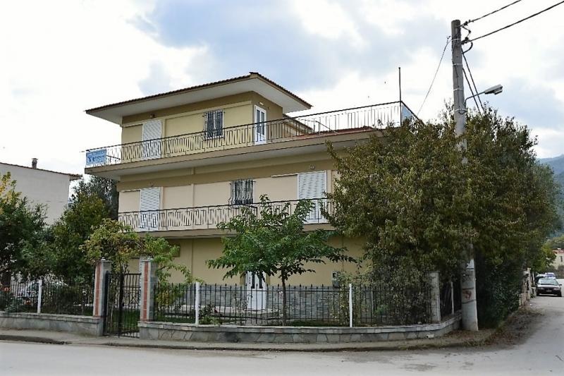 Fotis House Image